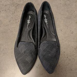 BORN - Pointed Toe Flats